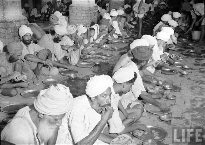 Feeding migrants partition of India