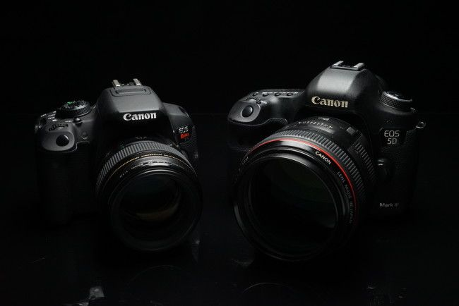 Canon Rebel T5i vs 5D Mark iii full-frame DSLR